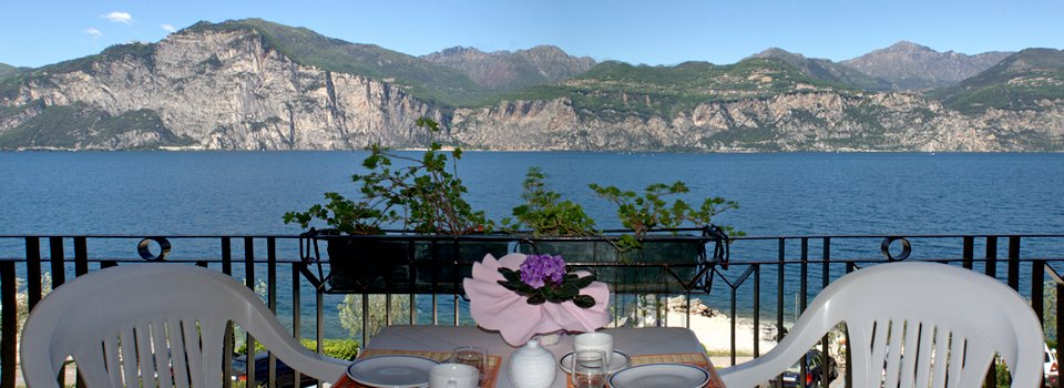 Ferienwohnung Cassone direkt am See